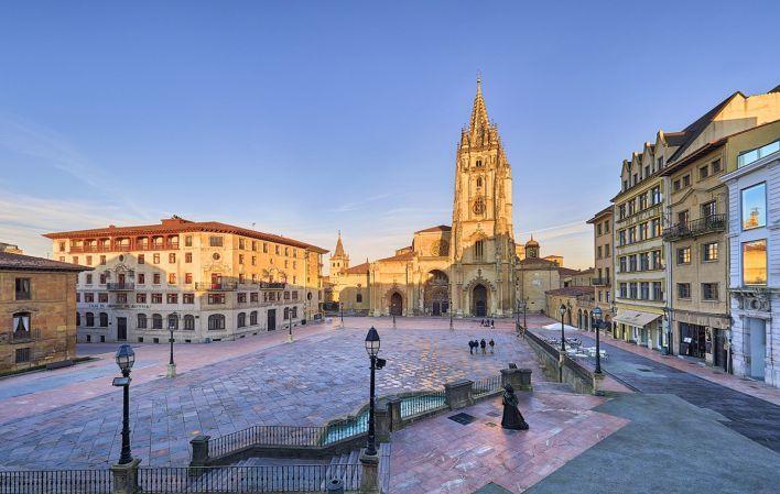 Plaza de La Catedral-Oviedo